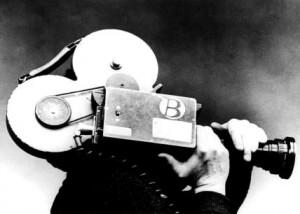 Les mouvements de caméra comme le travelling ou le plan séquence crééent des émotions fortes chez le spectateur