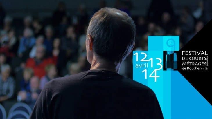 homme face au publis, festival de court-métrage